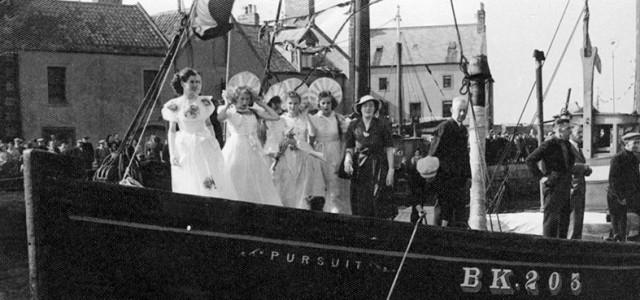 1948 – Margaret Tait